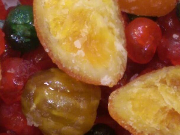 Fruta glaseada variada.